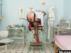 Preview 3 of Filthy Mature Lady Toys Her Hairy Pussy With Speculum