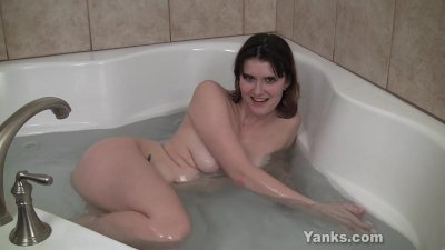 orgasm in the jacuzzi