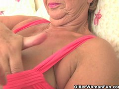 Preview 7 of Chubby Granny Gets Her Old Pussy Fingered By Photographer