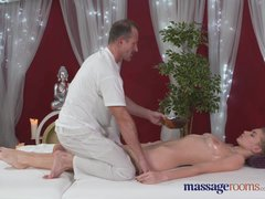 Massage Rooms Horny model has her perfect 10 body oiled and fucked
