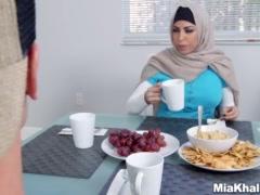 Preview 2 of Big Tits Arab Pornstars Mia Khalifa And Julianna Vega Fuck Big Dick White D