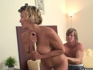 Nice blowjob from mature cleaning ladyNice blowjob from mature cleaning lady