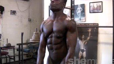 Roxanne Ebony Muscle