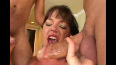 Whore getting her holes stretched by two fuckers
