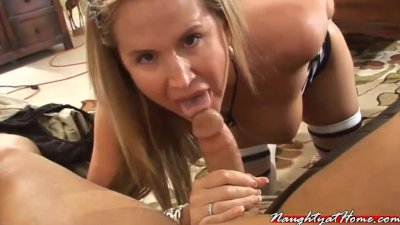 dirty milf wife desirae sucks