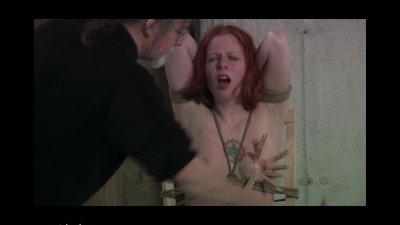 Wasteland Bondage Sex Movie Leila and Her TrunkPt. 2