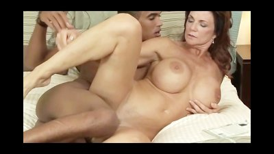 Deauxma Takes a Young ... preview