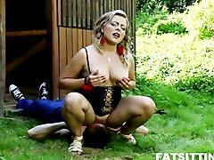 BBW Lenka face sitting her gardener to punish him