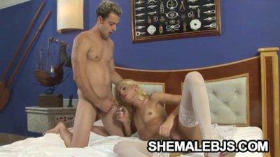 Blonde shemale Dany De Castro gagging on throbbing cock
