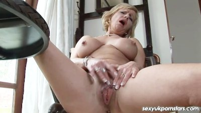 Mature British pornstar Jane B