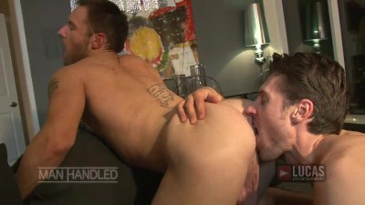 Aussie jock bottom fucked by hung top