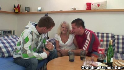 Partying guys nail blonde grandma