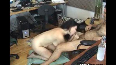 Sexy MILF babe sucks cock on webcam