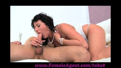 FemaleAgent. Stud fails at the