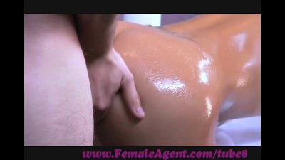FemaleAgent. Agent gets oiled up by massuse client