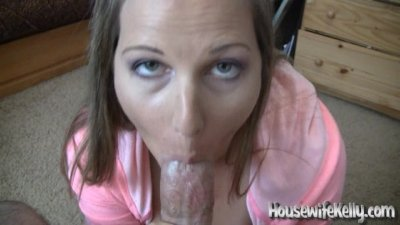 Pretty wife loves to swallow c