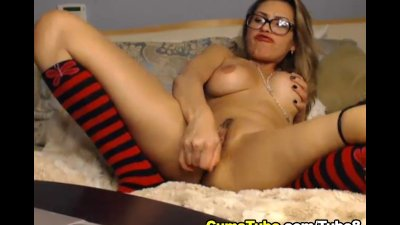 Busty Latin Babe Doing Herself On Cam