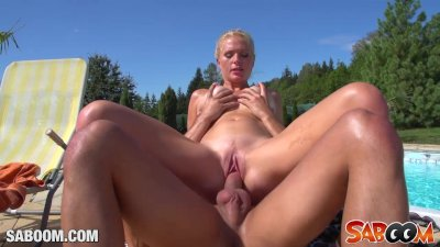 Hot Outdoor-Bitches
