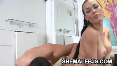 Kalena Rios - Hot Shemale Shows Proper Blowjob Technique