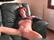 Busty/mature redheaded pussy plays mom