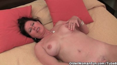 Old woman with big tits and ha