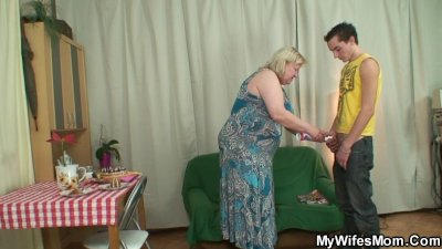 Oh shit mom! You rides my BF's cock?!?