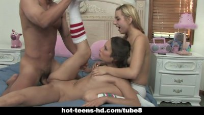 Hot teens Amber Rayne and Lexi