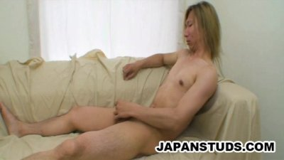 Mikihiro Wada - Horny Oriental Dude Cleaning His Pipe