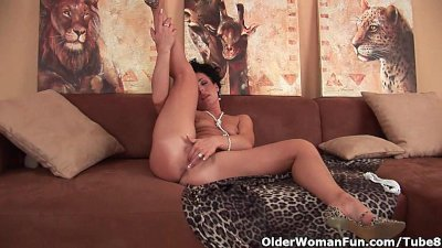 Hard nippled soccer mom loves anal play
