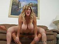 BBW Deedra Spreads Those Chunky Legs For Fucking