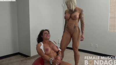 Dani Andrews with Brandimae in Chains