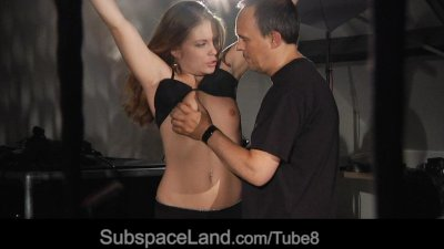 Hot slave girl tamed with a bdsm lesson of fear