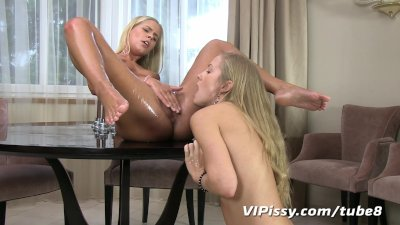 Sexy blonde girlfriends soaked