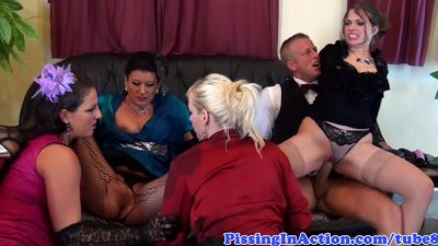 Fetish babes group sex with pissdrinking