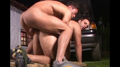 Beefy Gay Outdoor Fucking