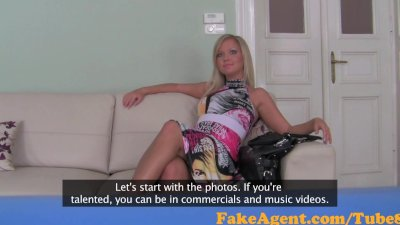 FakeAgent Horny fashion model hard and then takes Creampie