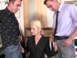 her job interview leads to threesomePorn Videos
