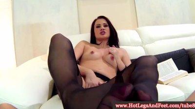 Carla Mai pleases with her feet