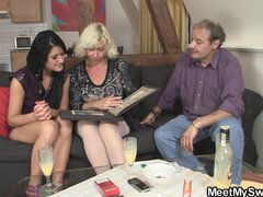 Sweetie gets lured into 3some by her ...