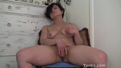 Cute Amateur Girl Ahna Masturb