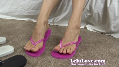 Lelu Love-Feet And Havaianas Flip Flops