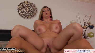 Blonde cougar Sara Jay gets bi