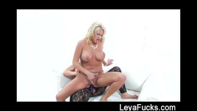 Leya Falcon Hard Strap-on Fuck