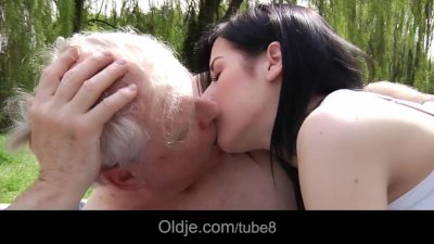 Hoary old man fucked and sucked by teen