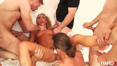 HardX Carter Cruise In 'Facial