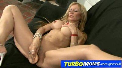 Skinny spanish lady Alejandra banged by horny latin guy
