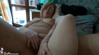 Fat chubby women havebig fun w
