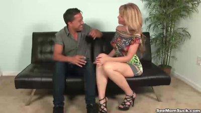 Hot mature lady blowjob