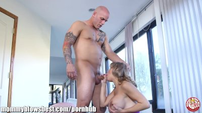 MommyBB Mommy cheating on daddy with her muscled trainer