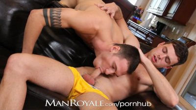 Manroyale Hairy hunks suck cock instead of watch TV